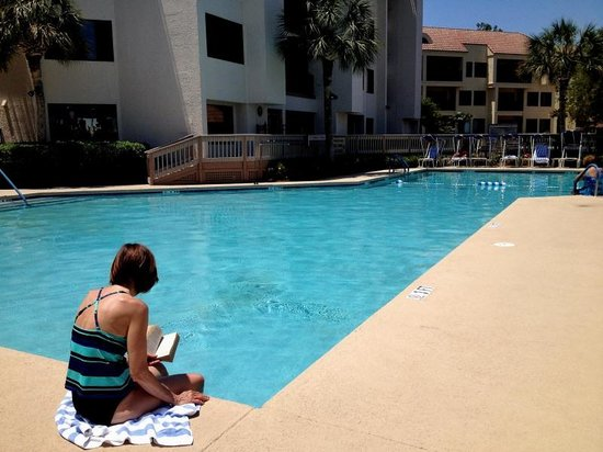 Marriott's Harbour Point and Sunset Pointe at Shelter Cove: Heated Pool