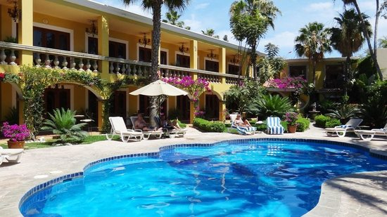 El Encanto Inn & Suites Boutique Hotel: The pool