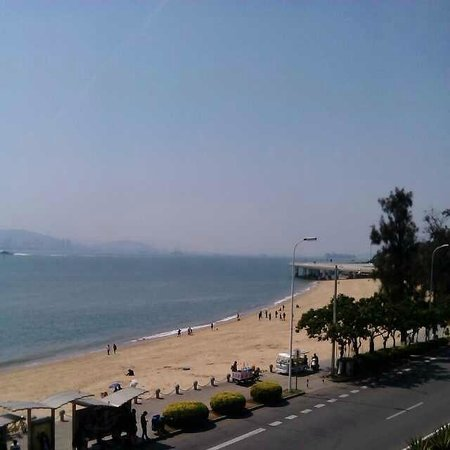 Xiamen, Kina: so close to the beach...
