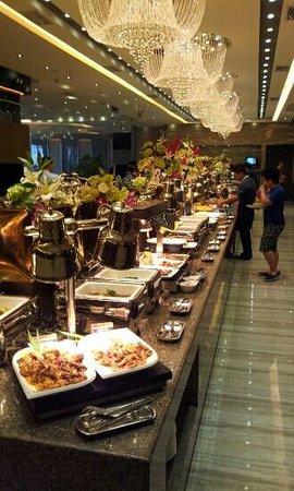 buffet 101 spread picture of buffet 101 quezon city tripadvisor rh tripadvisor co nz