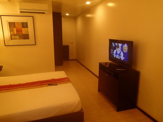 Subic Grand Seas Resort: tv