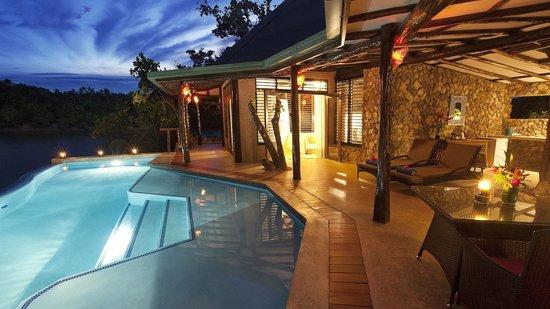 Savasi Island Villas : Blue Lagoon Bure 2 Pool