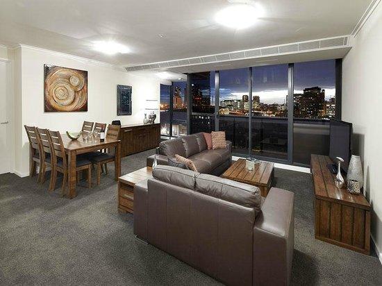 Gem Apartments Short Stay: Vue Grande 3 Bedroom Deluxe Apartment