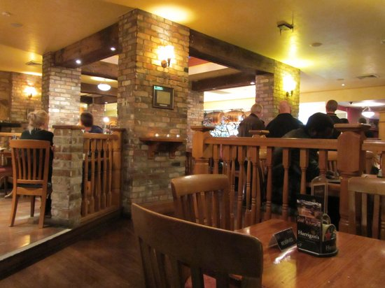 Harrigan's Irish Pub : Interesting nooks and crannies inside