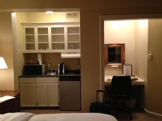 Morgan State House: kitchenette and office nook