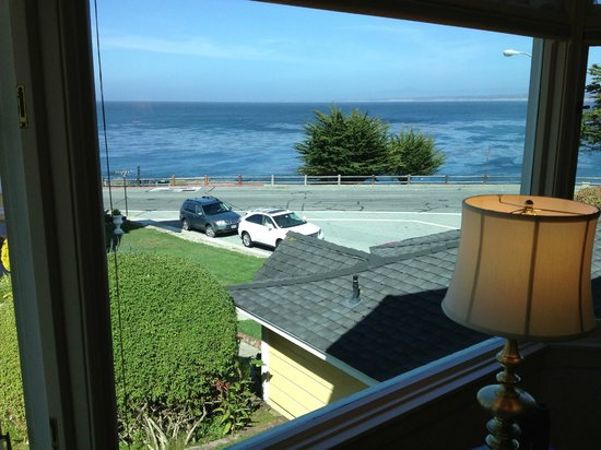 Seven Gables Inn: View from Victoria Room