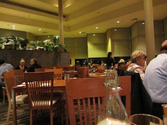 Charlie's Restaurant: Interior