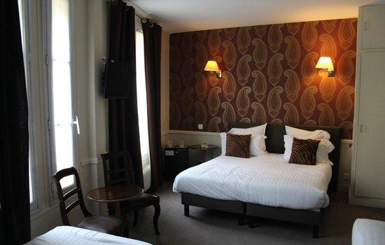 Hotel Motte Picquet: Family Room
