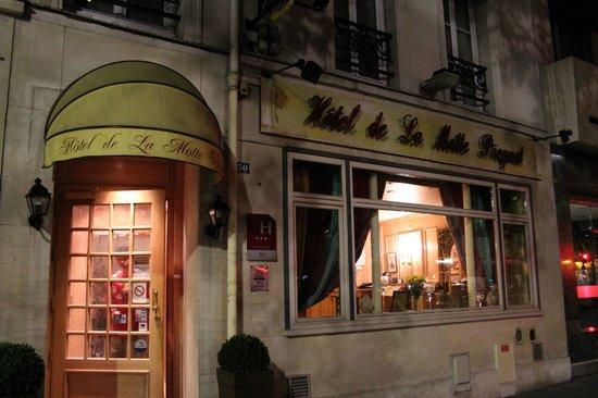 Hotel Motte Picquet: Facade