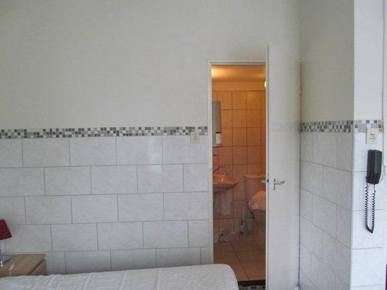 Freeland Hotel: dal letto al bagno