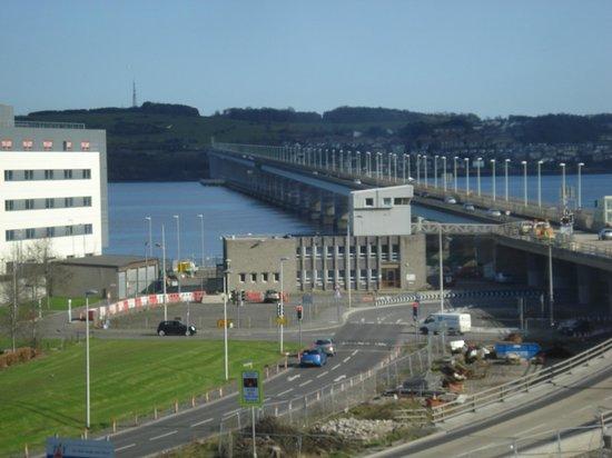 Holiday Inn Express Dundee: Express Inn Dundee Scotland; view from breakfast room