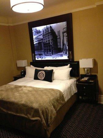 Algonquin Hotel: 4