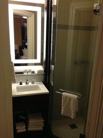 Algonquin Hotel: 2