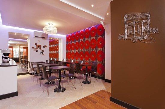 Hotel Delarc: Reception