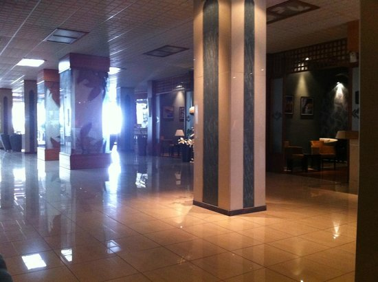 Lydia Hotel: La reception