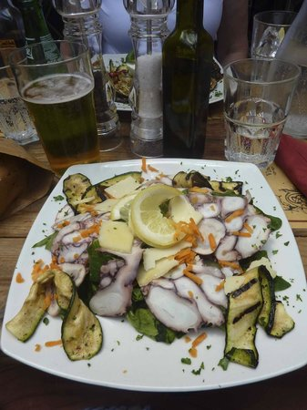 Relais Le Clarisse in Trastevere: Yummy octopus salad