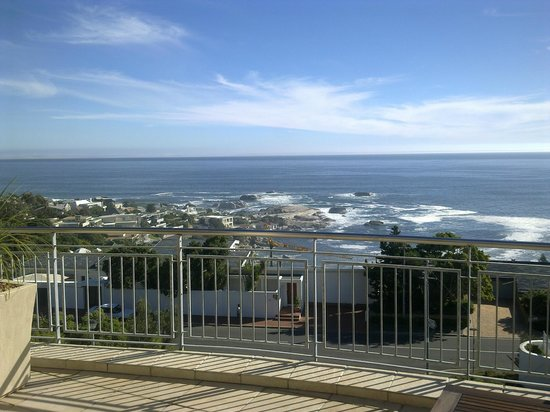 3 On Camps Bay Boutique Hotel : Ocean/Beach