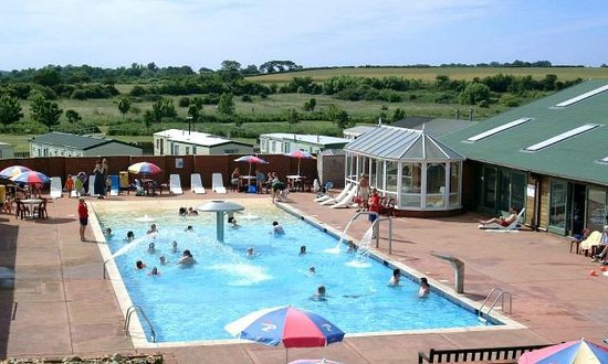 Kessingland beach holiday park park resorts campground - Suffolk hotels with swimming pool ...