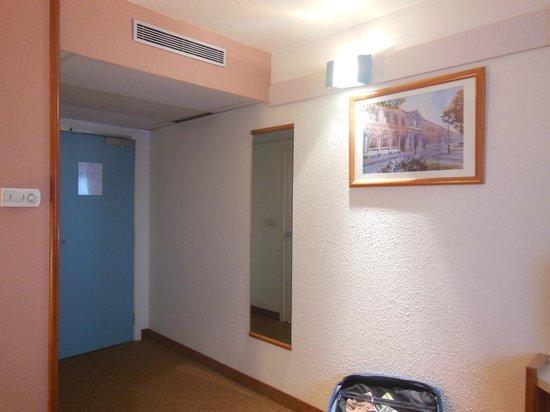 Ibis Charleroi Centre Gare : Our room