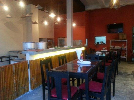 Carlo's Restaurant : Pizza and Bar Desk