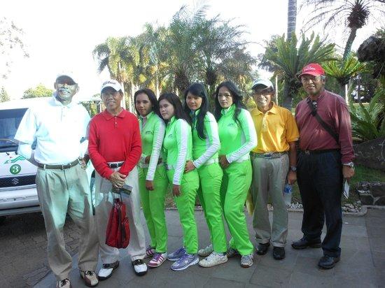 Gunung Geulis Country Club: Golfers and Caddies