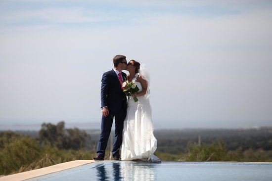Villa Gonatouki: Our unforgettable Wedding at Gonatouki