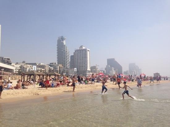 The Rothschild 71: Der Strand in Tel Aviv