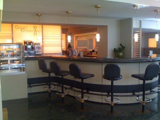 Hotel Frankenland: O Bar do Lobby