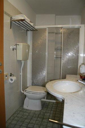 Urbinati Hotel: Bagno