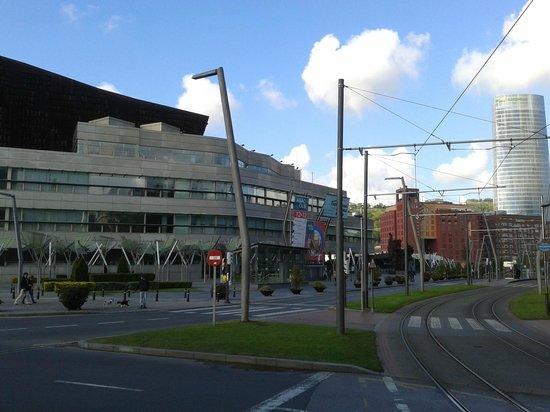 Palacio Euskalduna de Congresos y de la Música (Euskalduna Jauregia): euskaldun