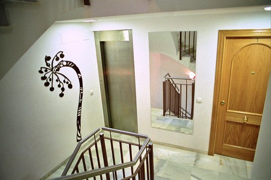 Holastays Trinidad: escalera