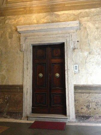 Casa Banzo: The door to the Deluxe room