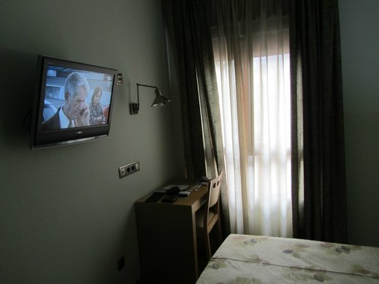 4C Bravo Murillo: Habitacion muy tranquila 2