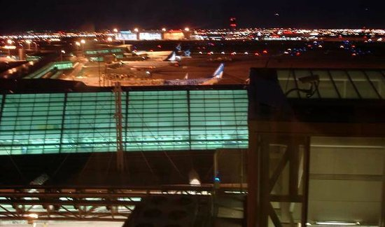 Sheraton Gateway Hotel in Toronto International Airport: 9:30 p.m view of West Jet tarmac