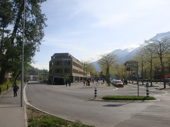 Interlaken Youth Hostel: Exterior