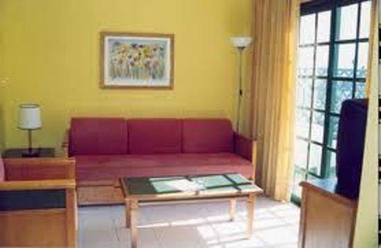 Vista Dorada Apartments: salon