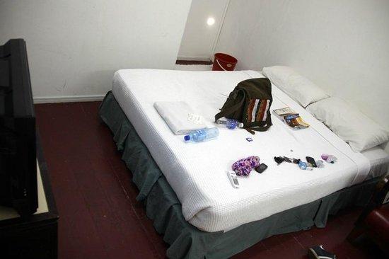 Harmony Lodge : My messy room