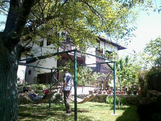 Rasitler Bag Evi: garden