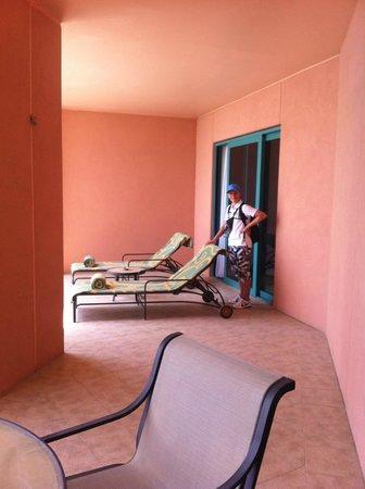 Atlantis, The Palm: terrace suite outside balcony