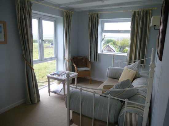Woodlands Country House: View of room