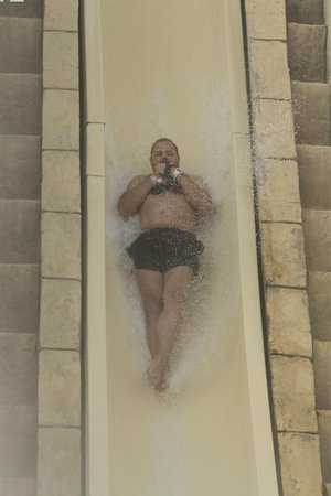 Atlantis, The Palm: pool jump