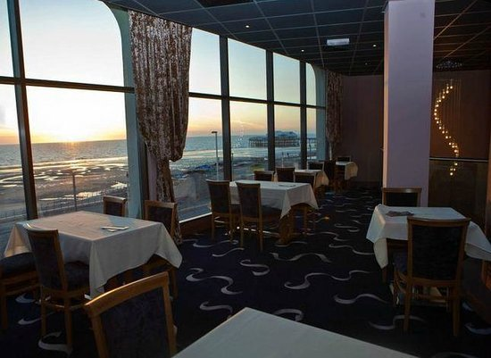 Sands Venue: rooftop restaurant, Illuminations view seaviews and sunsets