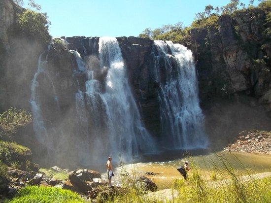 Corumba de Goias: Salto do Corumbá: Gigantesca queda d'água com uma bela piscina natural e uma prainha.