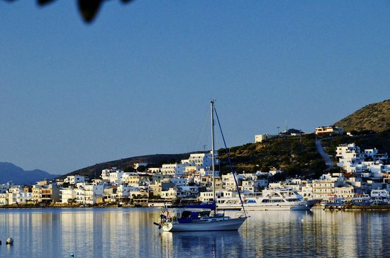 Elounda Heights Apartments and Studios: Elounda Village with Elounda Heights above