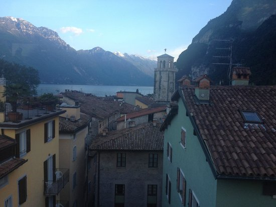 Hotel Antico Borgo : View from roof terrace