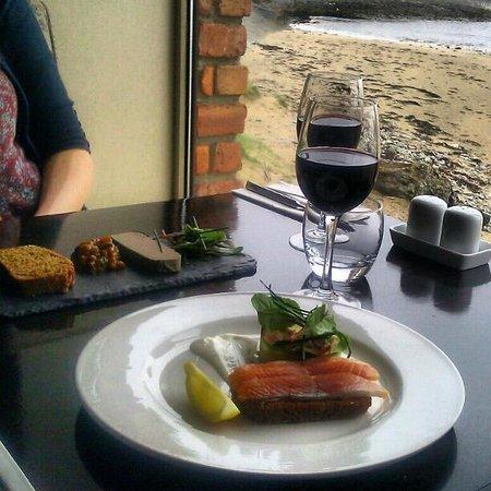Beach House: Sunday lunch. Best table