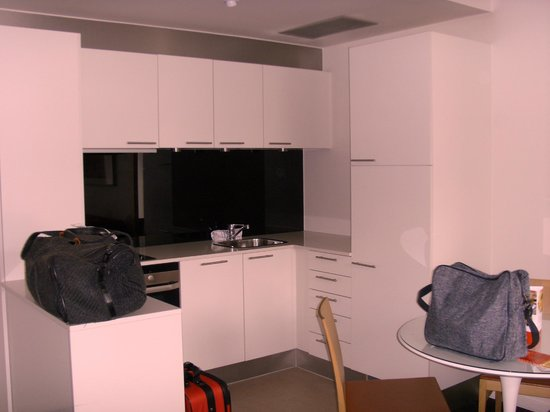 Adina Apartment Hotels Copenhagen: Kitchen