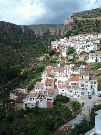 Balneario de Chulilla: town of Chulilla