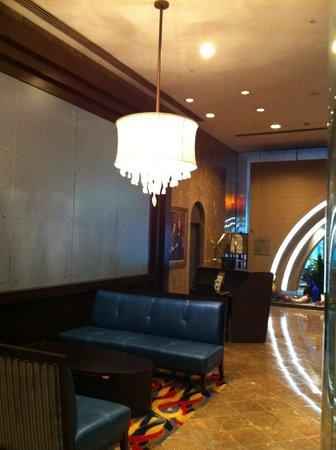 JW Marriott San Francisco Union Square: Hotel lobby.