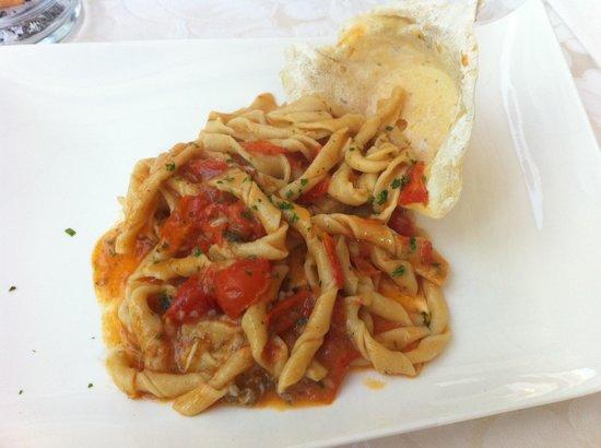 Ristorante Profumo di Mare : Pasta locale con rana pescatrice buonissima!